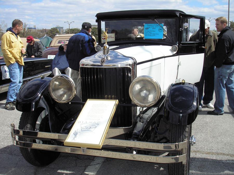 1928 Diana Cabriolet Roadster made by Moon - Bob & Sheri Emery